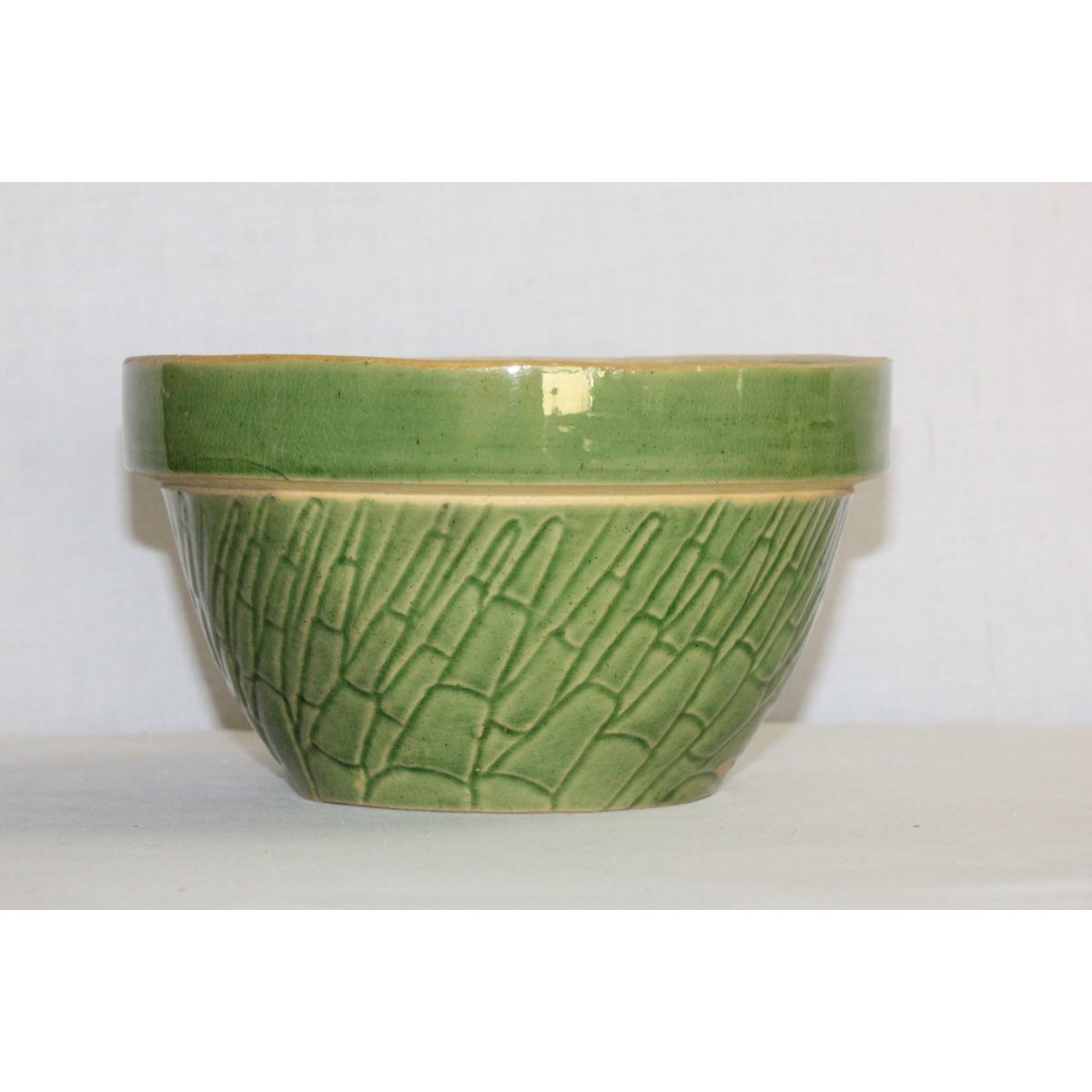 "Grass Green Yellowware 7"" Asparagus Bowl"