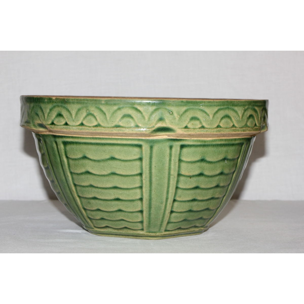 Beautiful Green-Glazed Large Waves and Bars Bowl