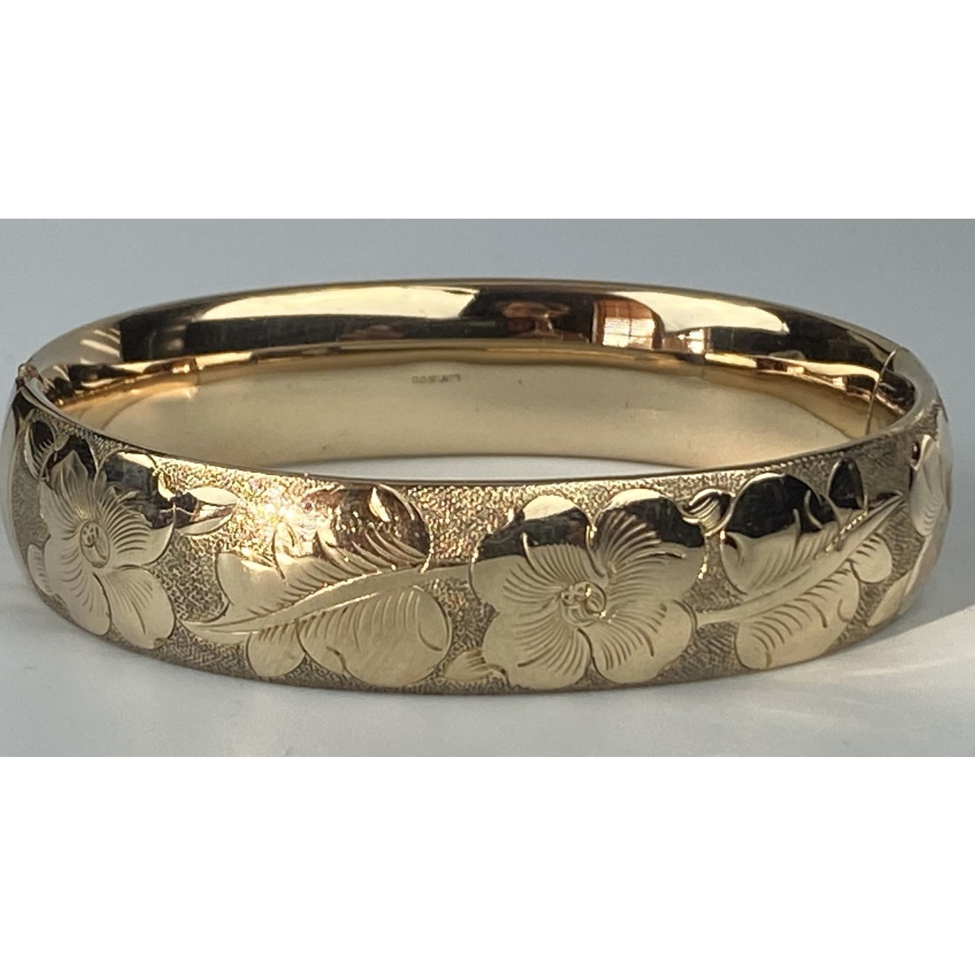 Grooved Leaves Flowers Slightly Wider Engagement Bangle