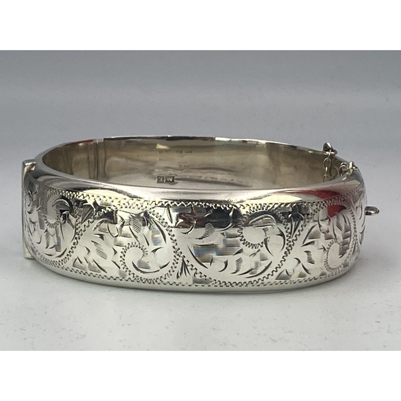 Exceptional Engraved Swirls Double-Walled English Silver Bangle