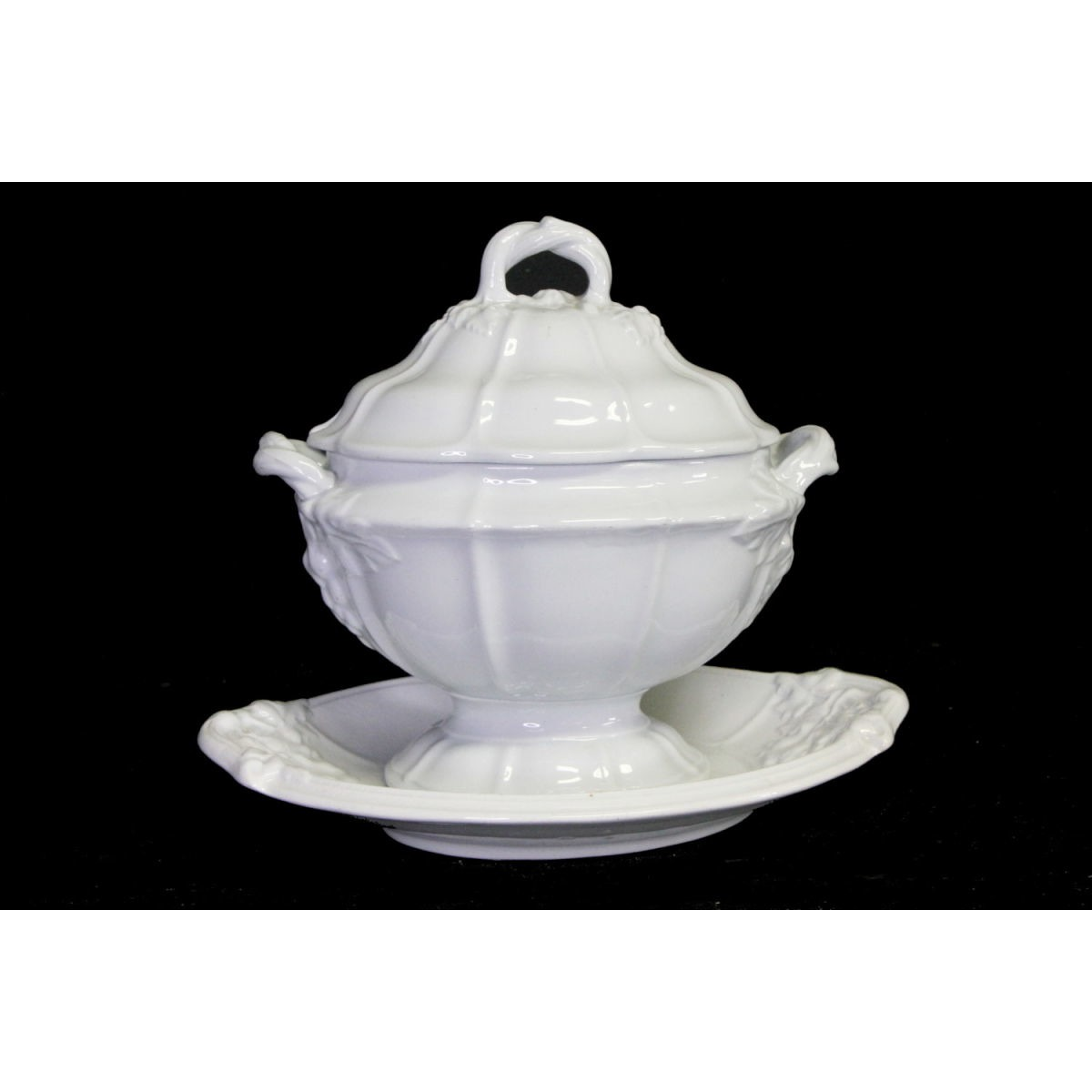Awesome Grape Cluster Ironstone Sauce Tureen