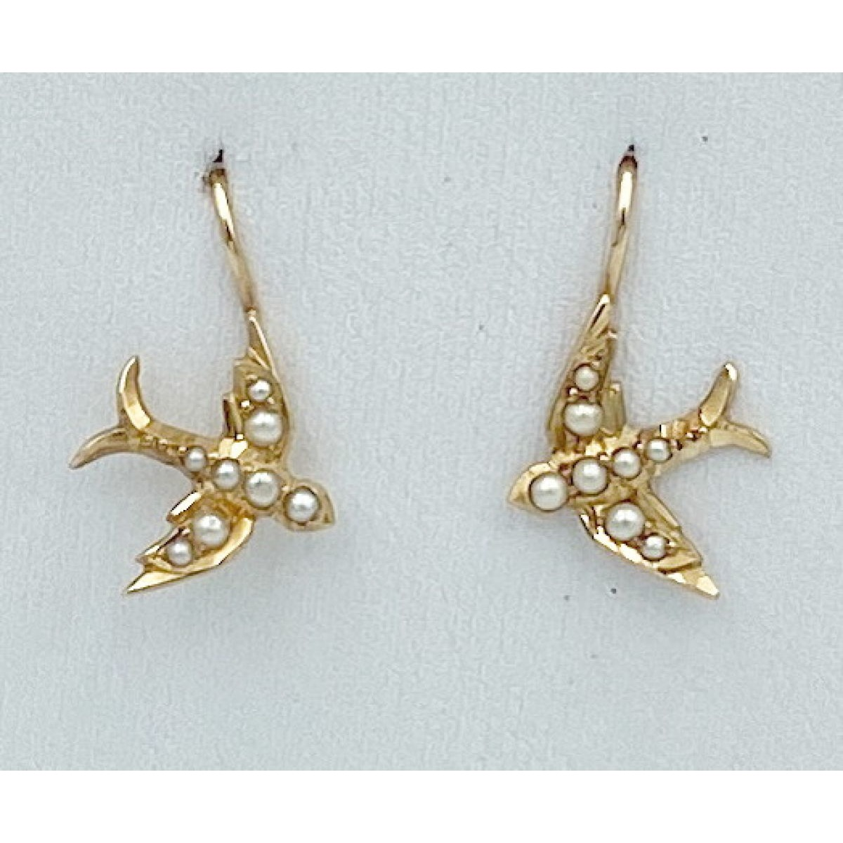 Super Sweet 15kt & Seed Pearl Bird Antique English Gold Earrings