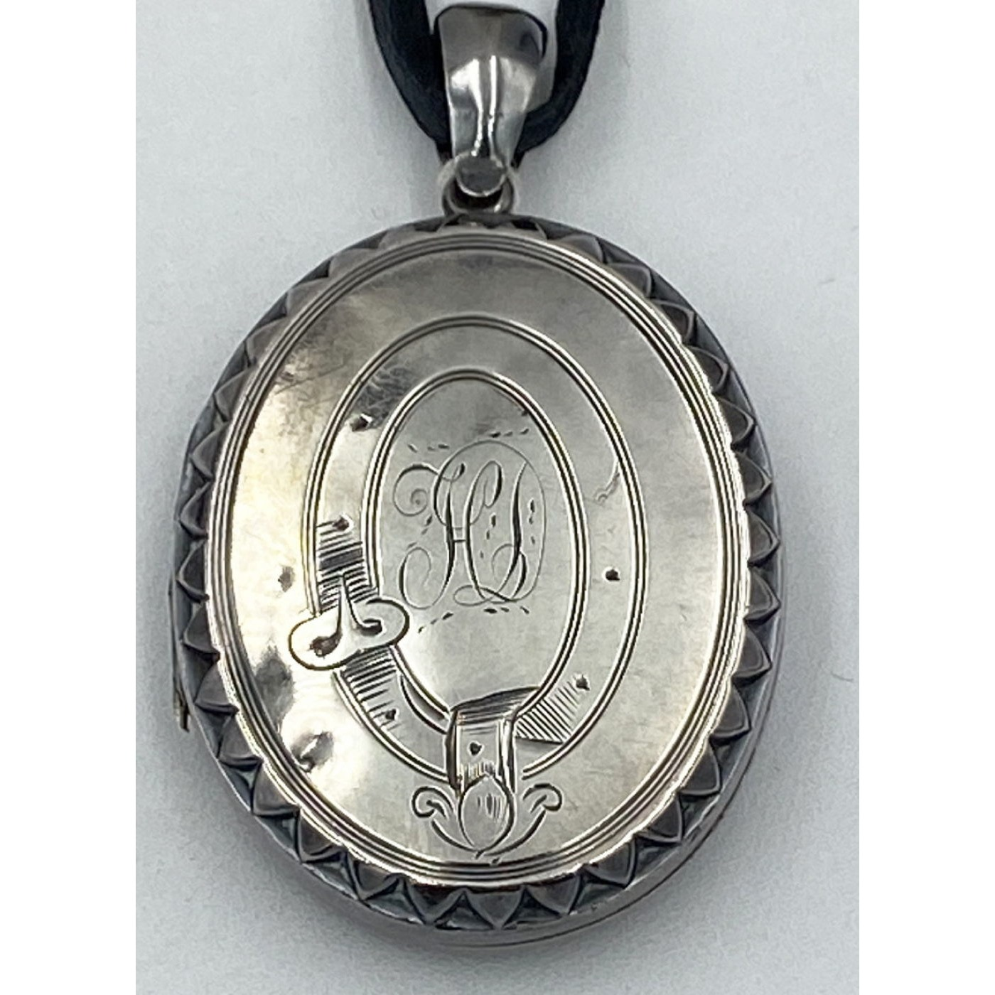 Simple Buckle Victorian Sterling Silver English Locket