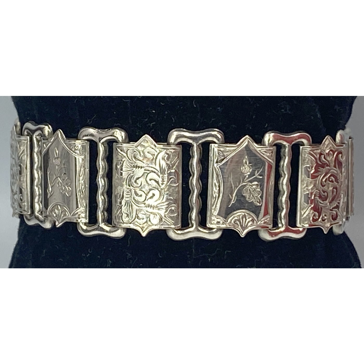 Fabulous Floral and Swirls Embossed Link Antique English Bracelet