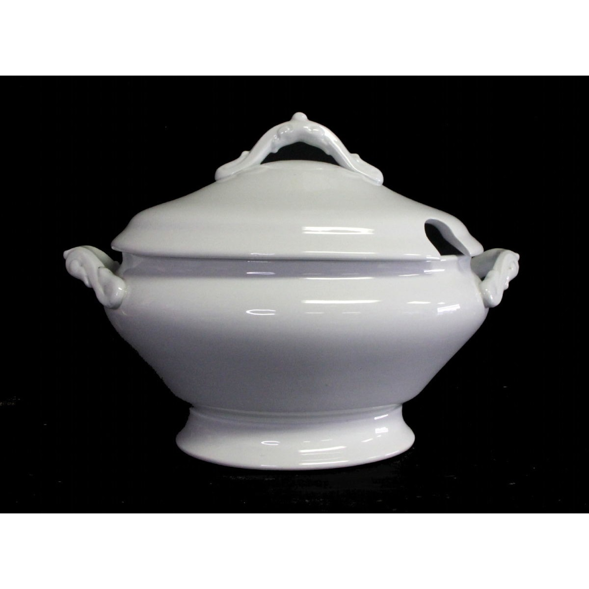 Large Plain Meakin Ironstone Soup Tureen
