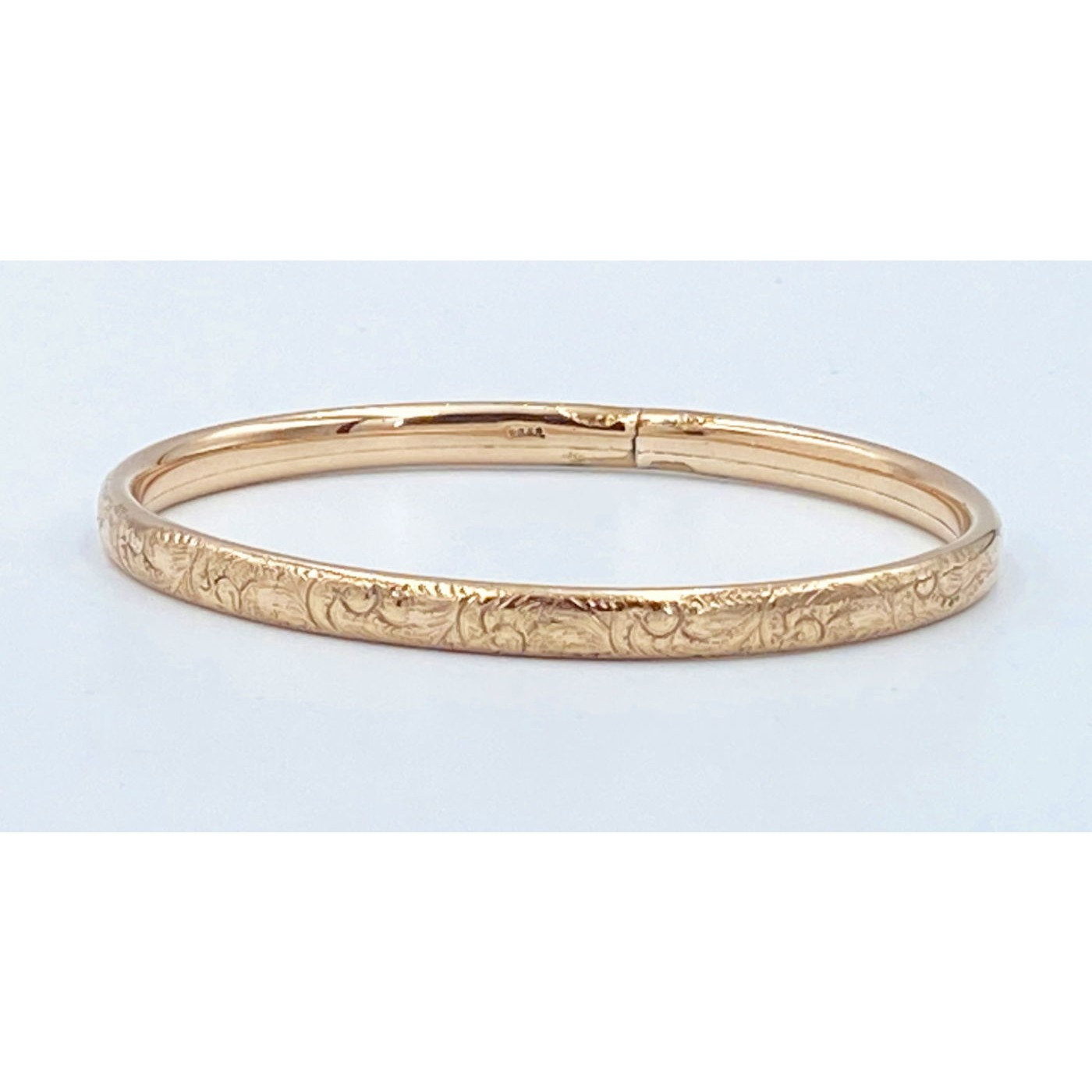 Unusual Solid Unhinged True Bangle - Highly Detailed