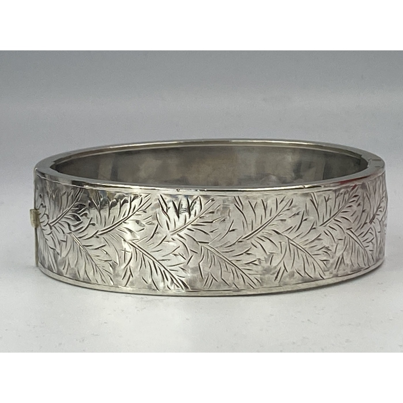 Fern Leaves Completely Engulf Antique English Silver Bangle