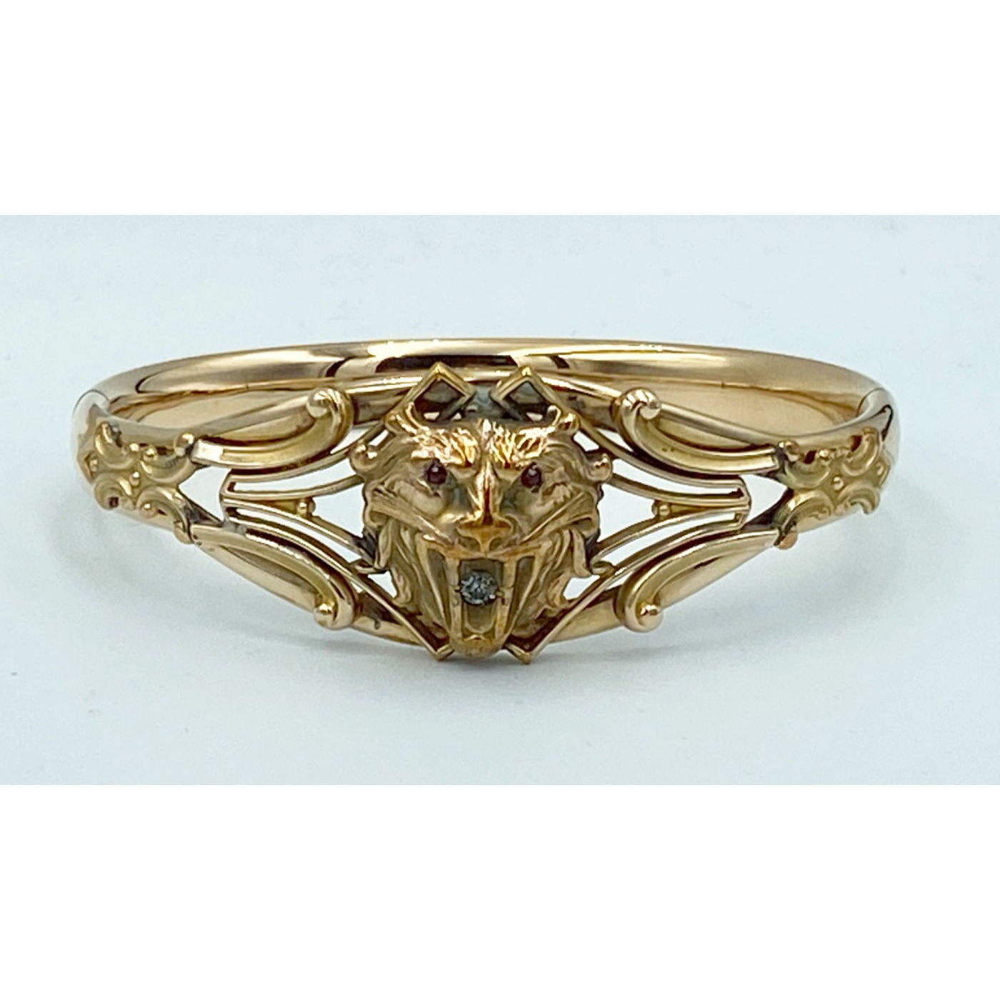 Special Small Sweet Lion Gold-Filled Bangle