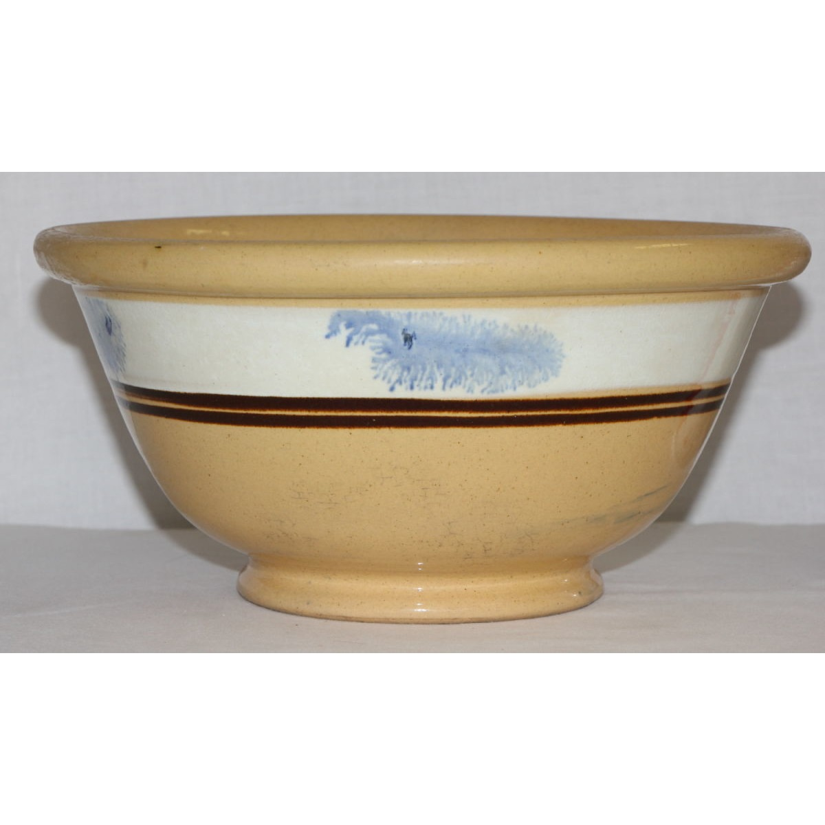 "Simple 10.5"" Blue Seaweed-Decorated Yellowware Bowl"