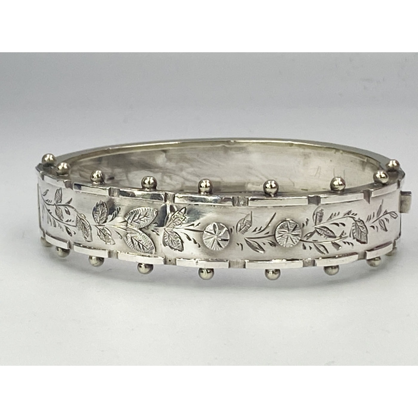 Beaded Outer Edge Applied Flowers Narrow English Silver Bangle