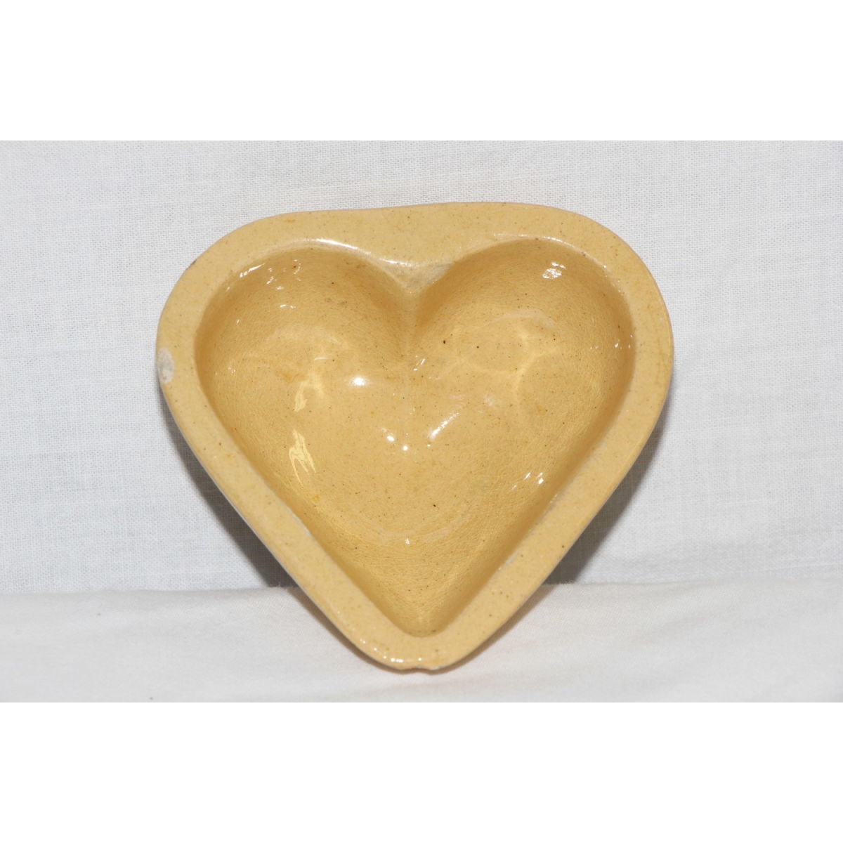 Scarce Yellowware Mini Smooth Heart Mold