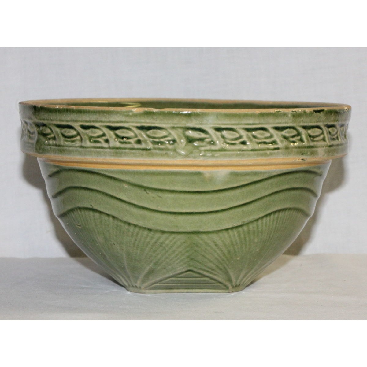 "Green Glazed Sunrise 7.5"" Yellowware Bowl"