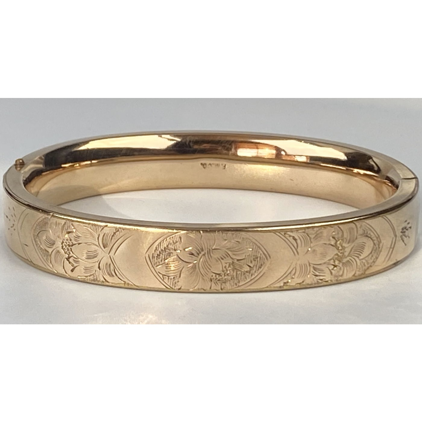 Squared-Off Flat Floral Engagement Bangle