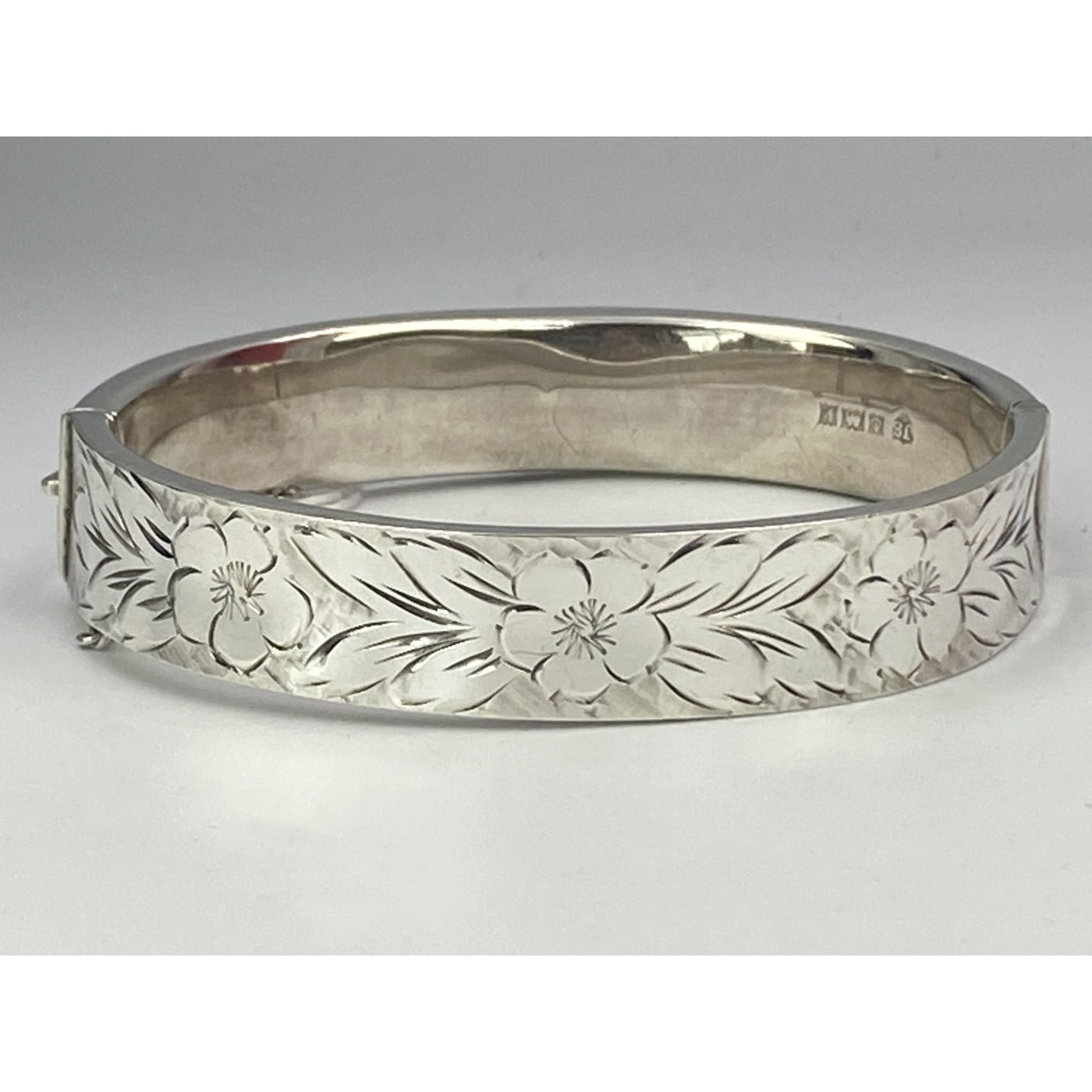 Engraving All-The-Way-Around Floral English Silver Bangle